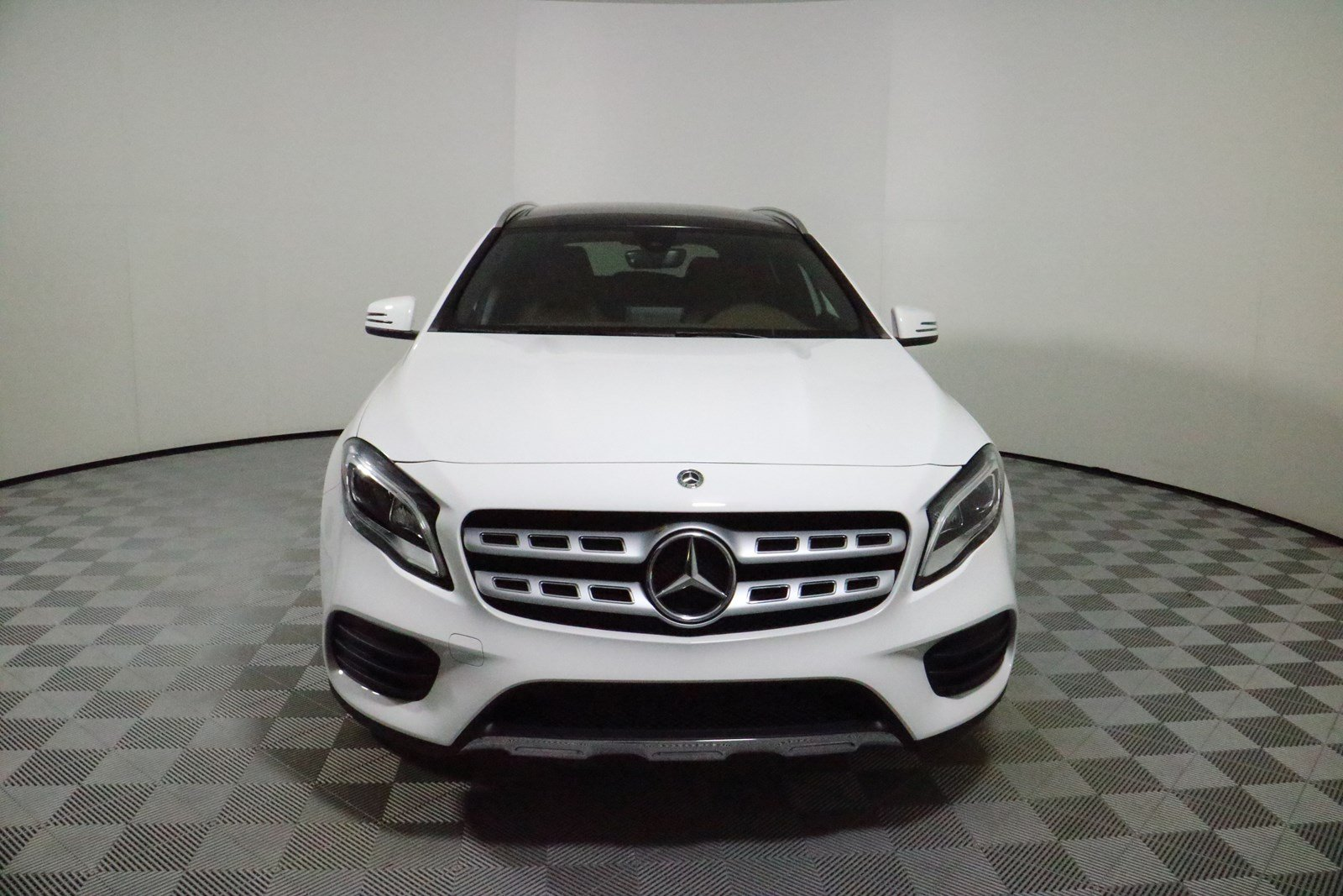 New 2019 Mercedes Benz Gla 250 Suv In Parkersburg M5849 2002 C240 I Connect Indicatorbraketail Lampswiring