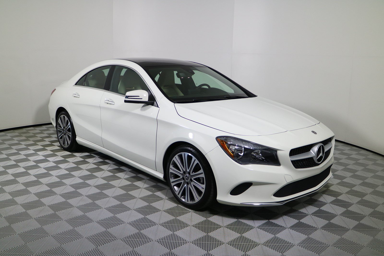 Luxury 2016 Mercedes Benz Cla Class