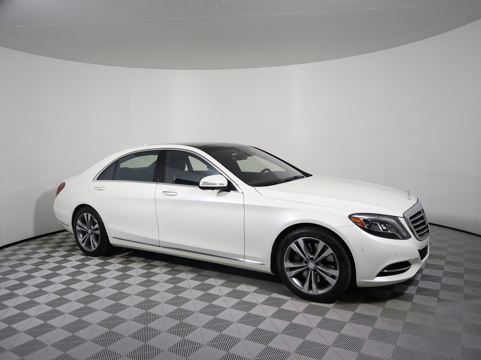 Pre Owned 2015 Mercedes Benz S Class S 550 SEDAN in Parkersburg